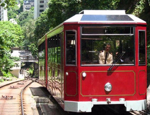 hong-kong-victoria-peak-tram