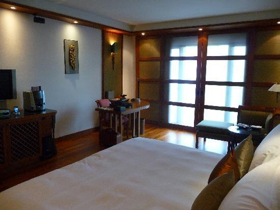 sukhothai room