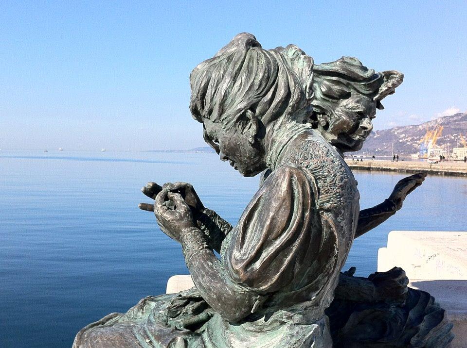 Trieste statue