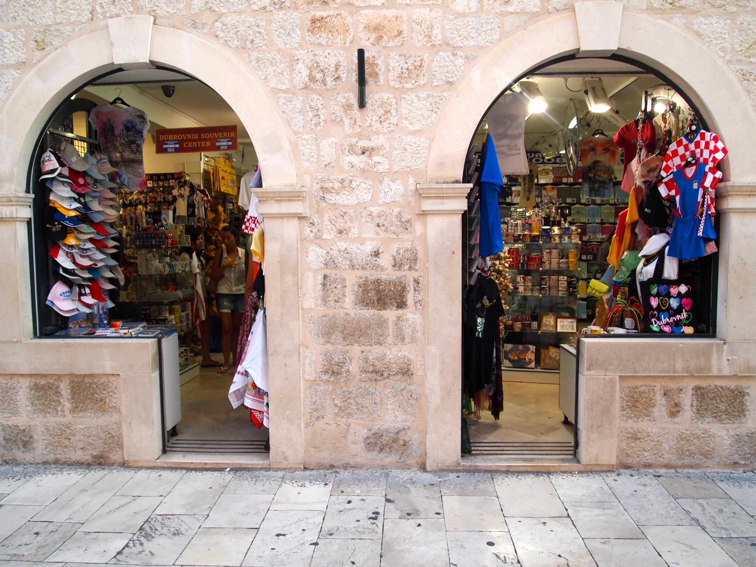 Stradun shops front